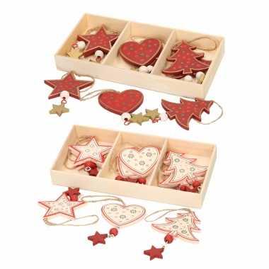 12x houten kersthangers/kerstornamenten wit en rode figuurtjes 10 cm kerstversiering
