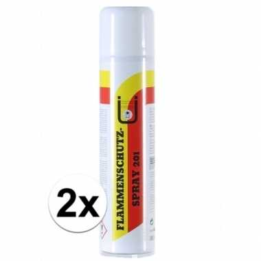 2x feestartikelen brandvertragend maken spray 400 ml kerstversiering