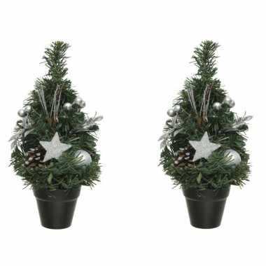 3x stuks mini kunst kerstbomen/kunstbomen met zilveren versiering 30 cm kerstversiering