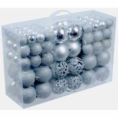 Pakket met 100x zilveren kunststof kerstballen 3, 4 en 6 cm kerstversiering