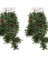 2x groene kerst slingers guirlandes met rode versiering 270 cm kerstversiering