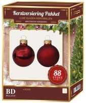 Kerstboomversiering kerstballen set rood 88 stuks kerstversiering