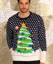 Kerstmis trui met verlichte kerstboom kerstversiering